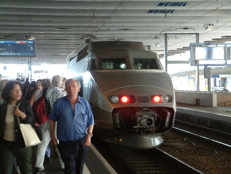 An SNCF Paris-bound TGV (Train de Grand Vitesse) from Milan at Lausanne