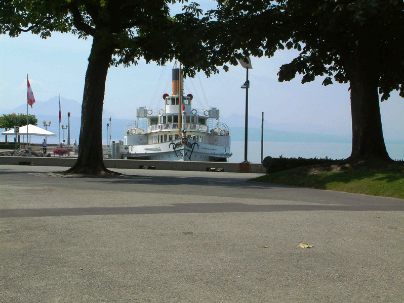 Paddle steamer Montreux at Lausanne-Ouchy