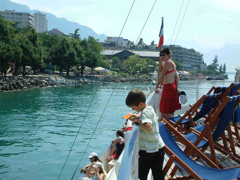 Leaving Montreux on paddle steamer La Suisse