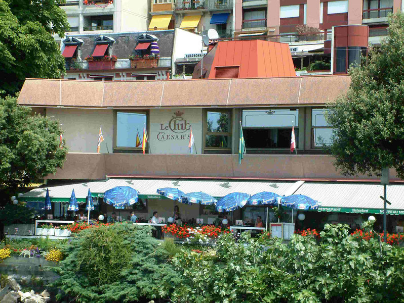 Le Club Caesar's by the pier at Montreux