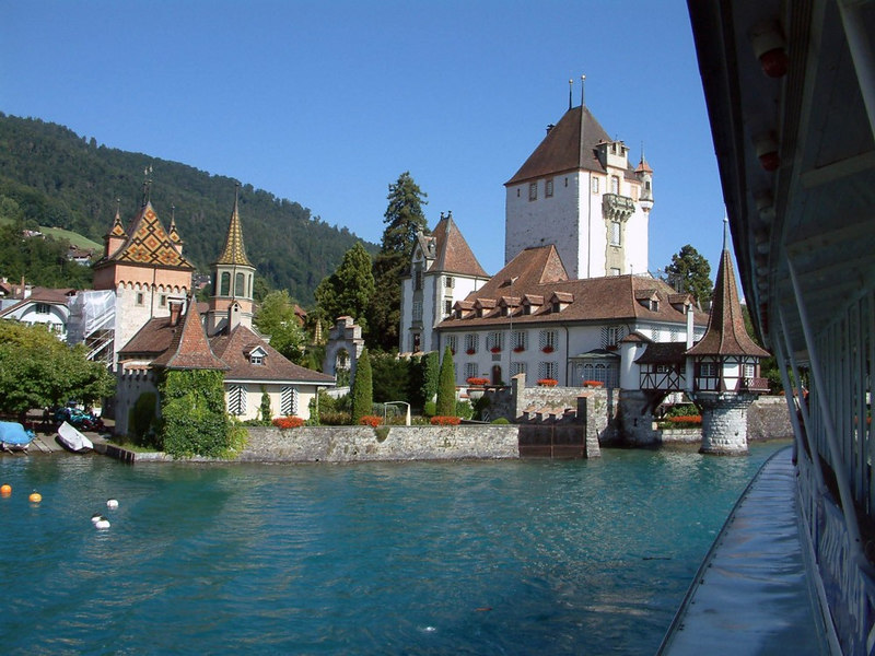 Oberhofen castle from paddle steamer Blumlisalp