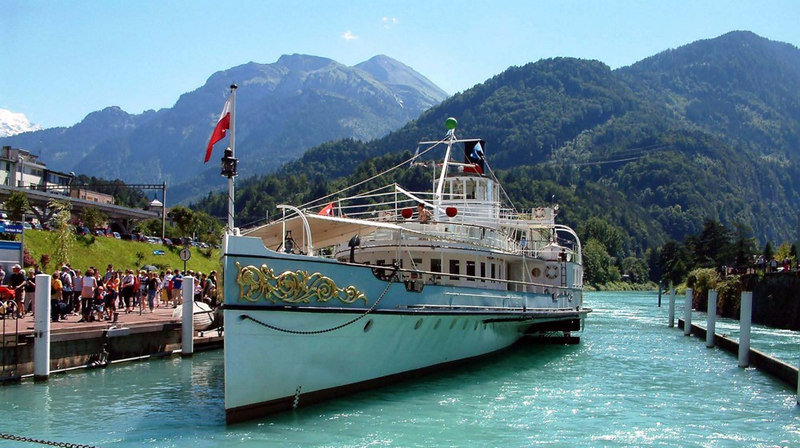 Paddle steamer Blumlisalp at Interlaken West.