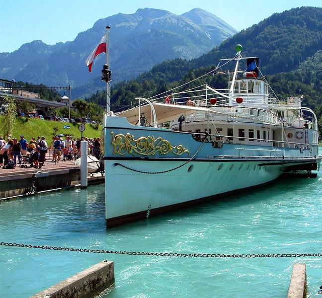 Paddle steamer Blumlisalp at Interlaken West.