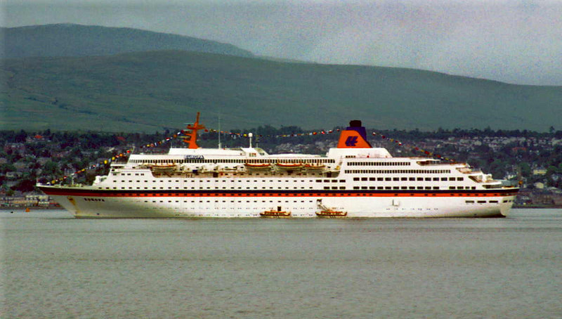 Hapag liner Europa anchored at the Tail of the Bank landing passengers at Helensburgh pier in 1986