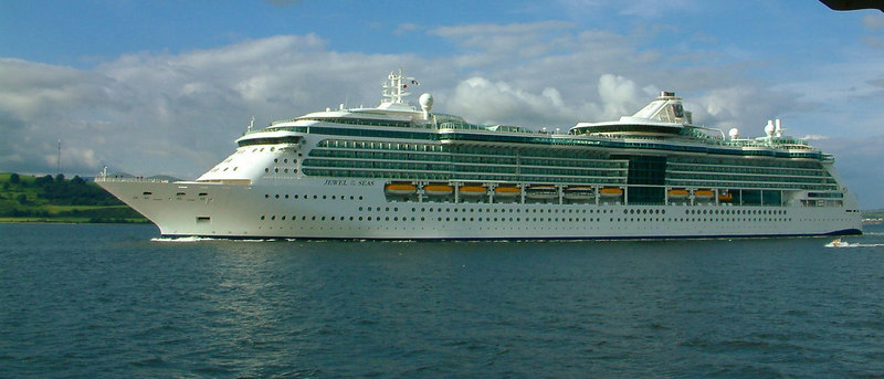 Jewel of the Seas at the Tail of the Bank