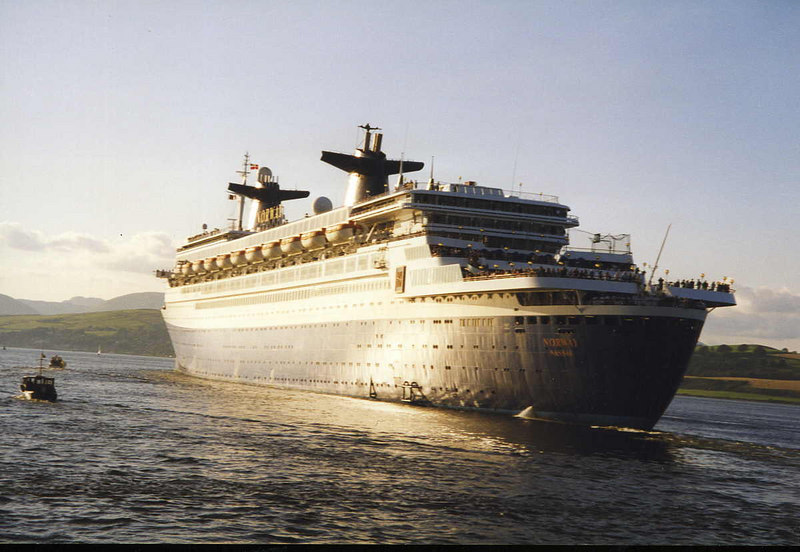 Farewell SS Norway