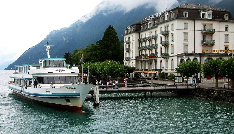 Motor vessel Brunnen and the Waldstatter Hotel at Brunnen