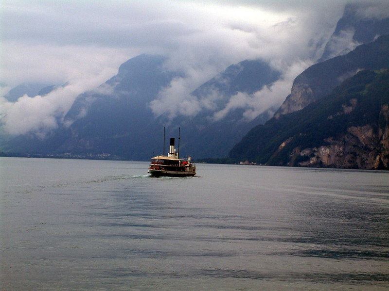 Paddle steamer Stadt Luzern approaching Gersau