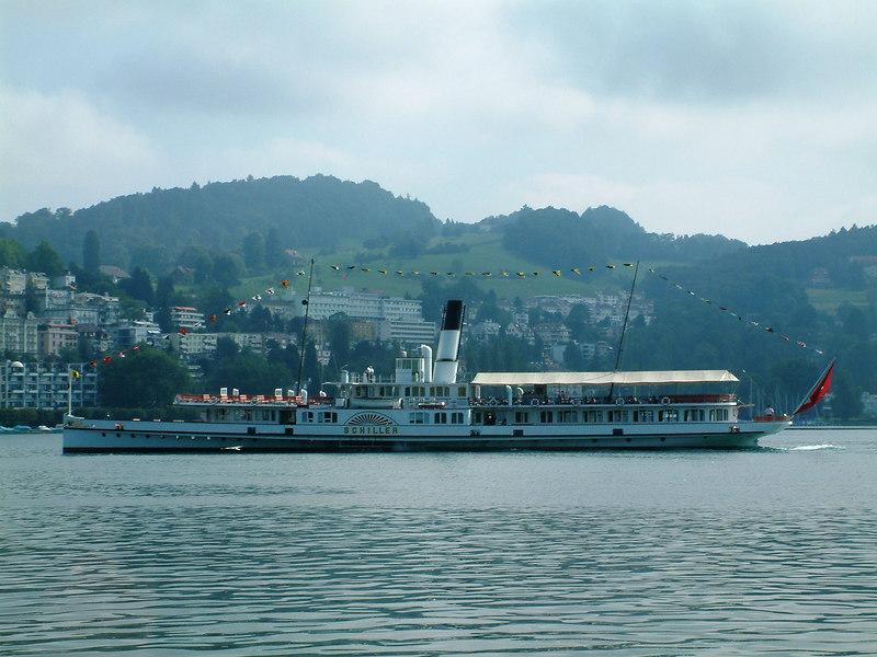 Paddle steamer Schiller off Luzern