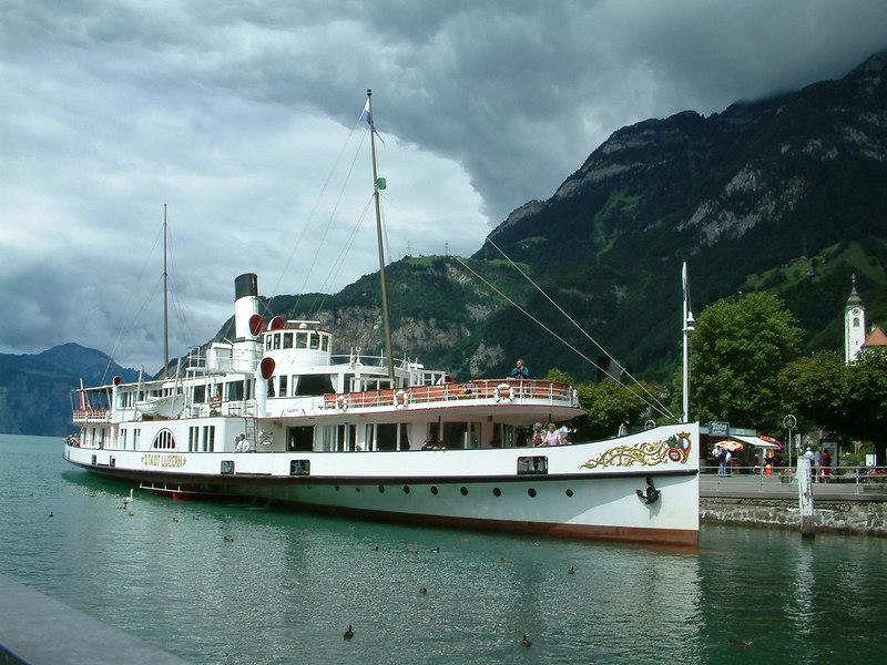 Paddle steamer Stadt Luzern at Fluelen