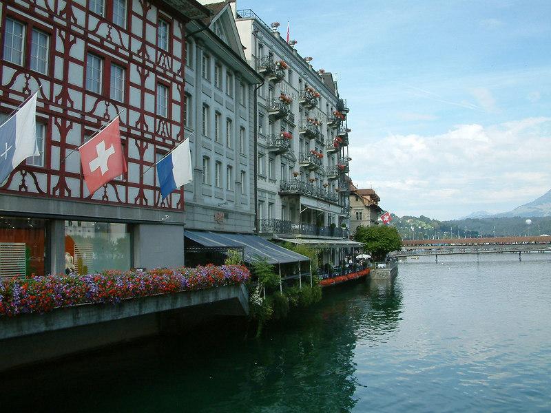 Kapelquai on the River Reuss, Luzern