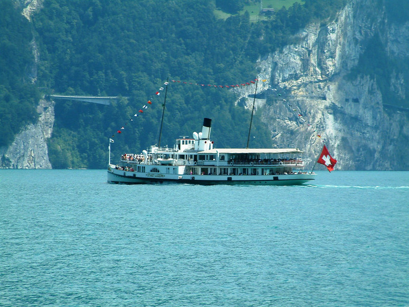 Paddle steamer Stadt Luzern crossing the Urnersee