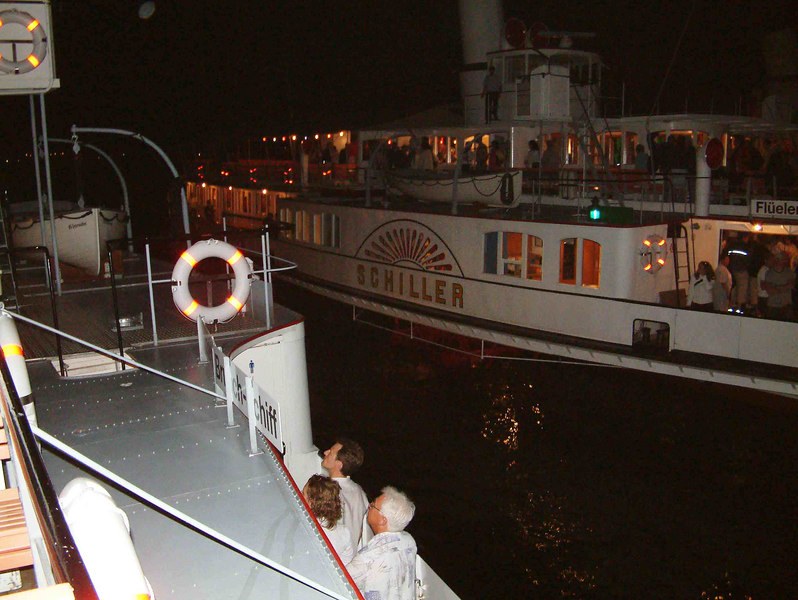 Paddle steamers Schiller and Unterwalden arrive back at Luzern after the 2004 Bundesfrier at Brunnen