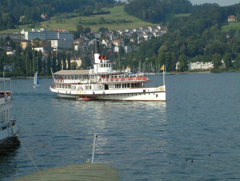 Paddle steamer Uri leaving the SGV Shipyard, Luzern