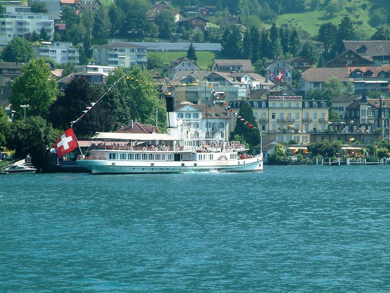 Paddle steamer Schiller at Weggis