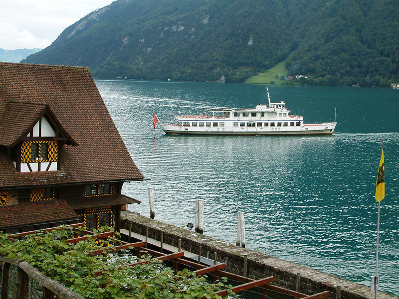 Motor vessel Rigi off Treib on the Vierwaldstattersee