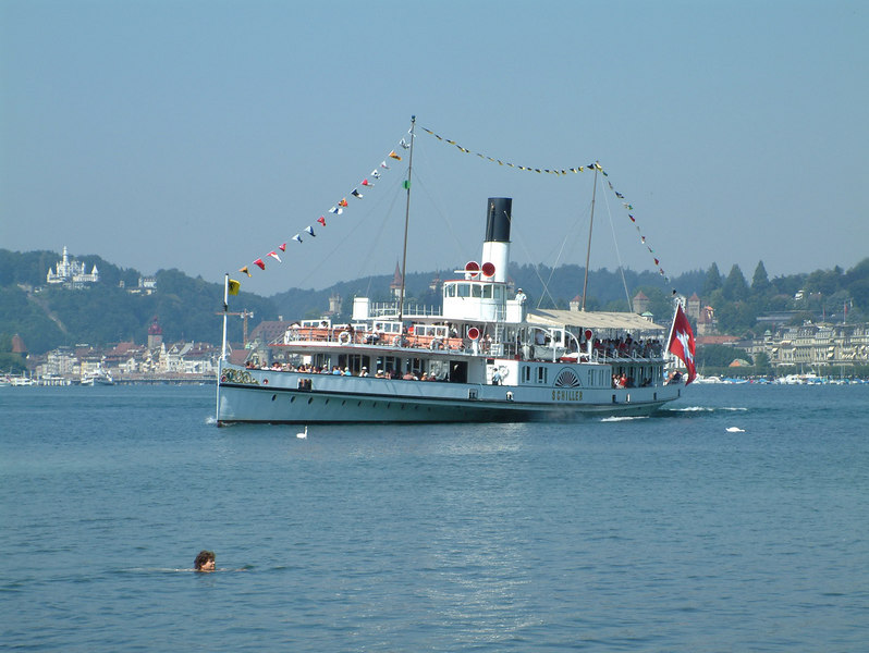 Paddle steamer Schiller arriving at Verkehrshaus Lido