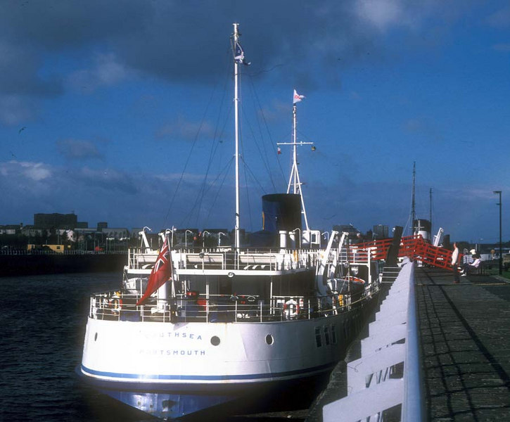 Southsea at Glasgow preparing for her first Clyde sailing with Waverley laid up ahead.