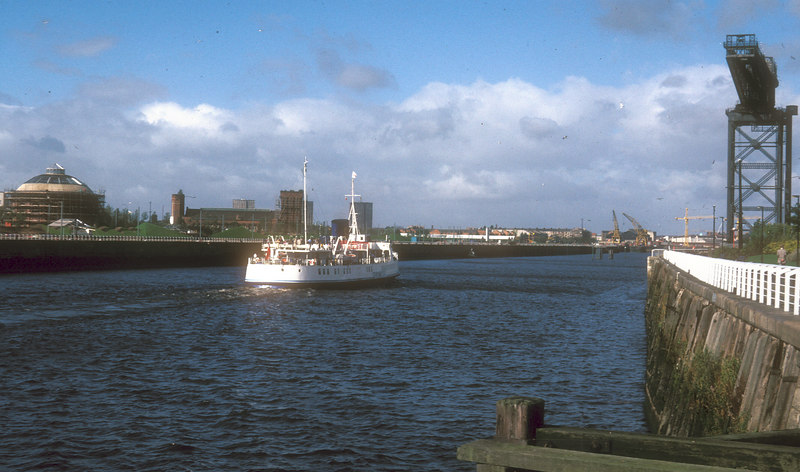 Southsea passing the Stobcross Crane