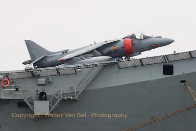 SpNavy_EAV-8B_VA1B-29_01-919_Principe-de-Asturias_20060325_CRW_4203_WVB