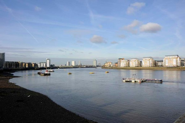 River Thames, Greenwich, 27 January 2015.  Looking upstream towards London.