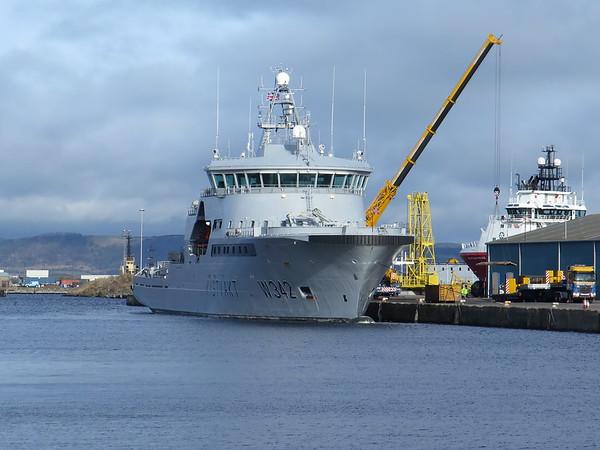 W342 Kystvakt is a Norwegian Coast Guard vessel