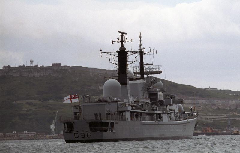 HMS Gloucester, Portland, 1990 2