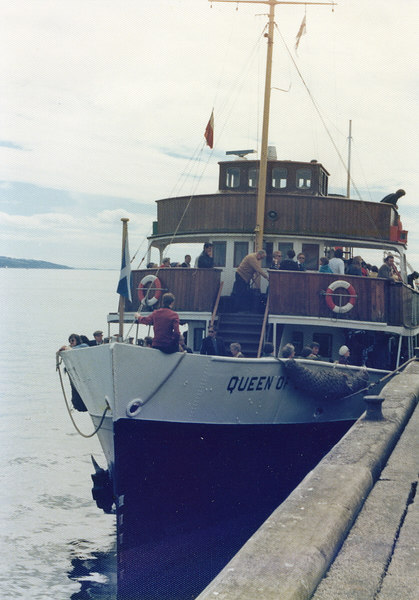 Queen of Scots alongside Dunoon pier, 29 July 1977