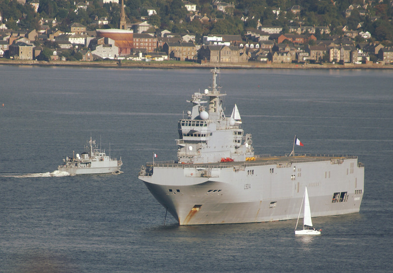 FNS Tonnerre and a Royal Navy minesweeper - the latter heading for Faslane