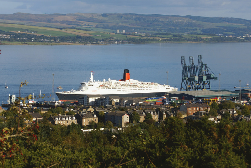 QE2 towering over the houses in the west end of Greenock