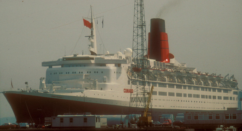 QE2 - first vist to the Clyde since her construction<br /> <br /> Picture by Stuart Cameron