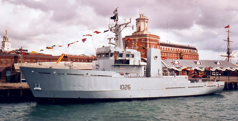 River class minesweeper Essequibo (Guyana) formerly HMS Orwell, Portsmouth, 4 August 2001.