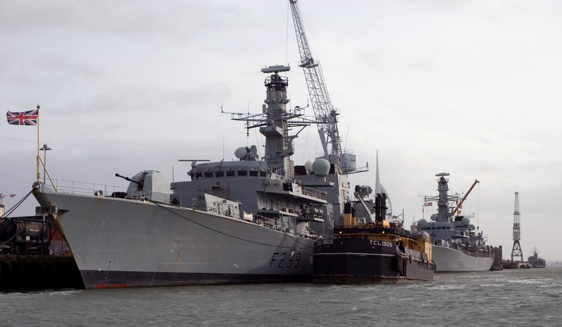 HMS Richmond & Westminster, & TCL 1805, Portsmouth, 5 March 2007 2