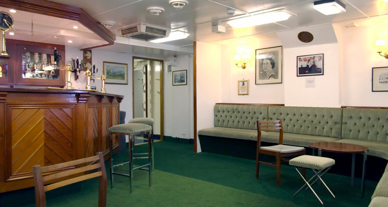 Warrant officers' and chief petty officers' mess, Britannia, Leith, 14 October 2007