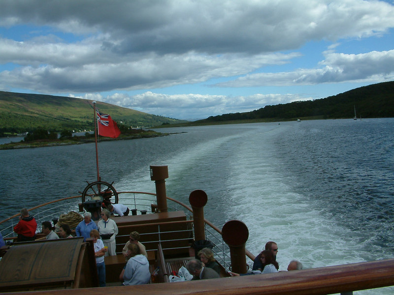 View astern from Waverley sailing through the 'Dog-leg Channel', between the island of Bute and the Burnt islands
