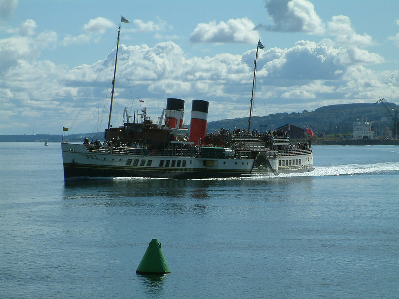 Waverley passing Greenock on Glasgow-Dunoon direct sailing, Cowal Games Saturday, 2003