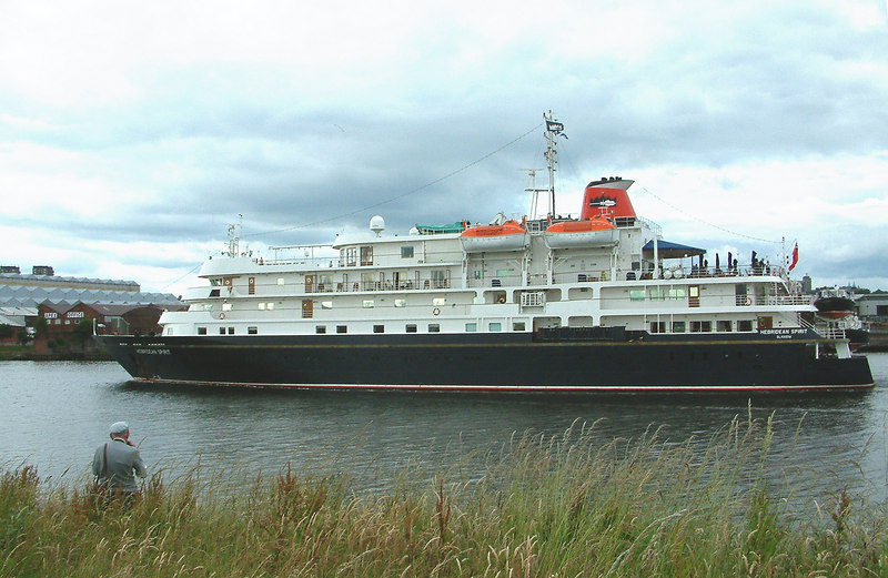 Hebridean Spirit passing Braehead on her first visit to the Clyde
