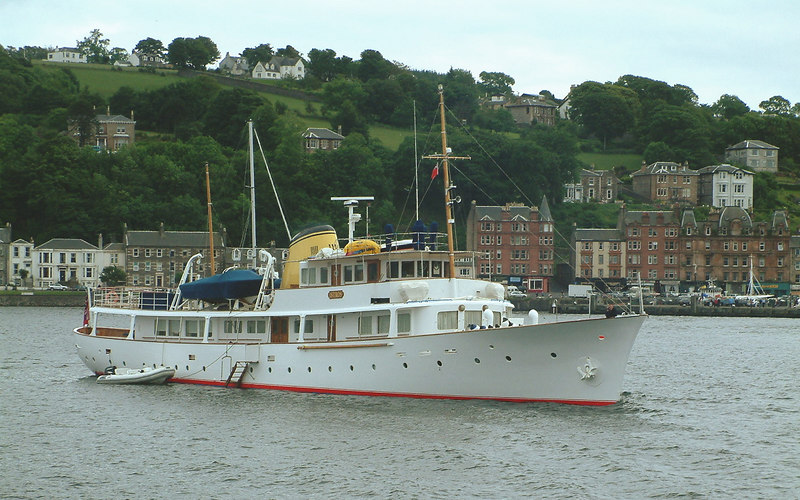 A welcome visitor to Rothesay Bay in June 2003 was the handsome motor yacht Istros, registered at Georgetown in the Cayman Islands