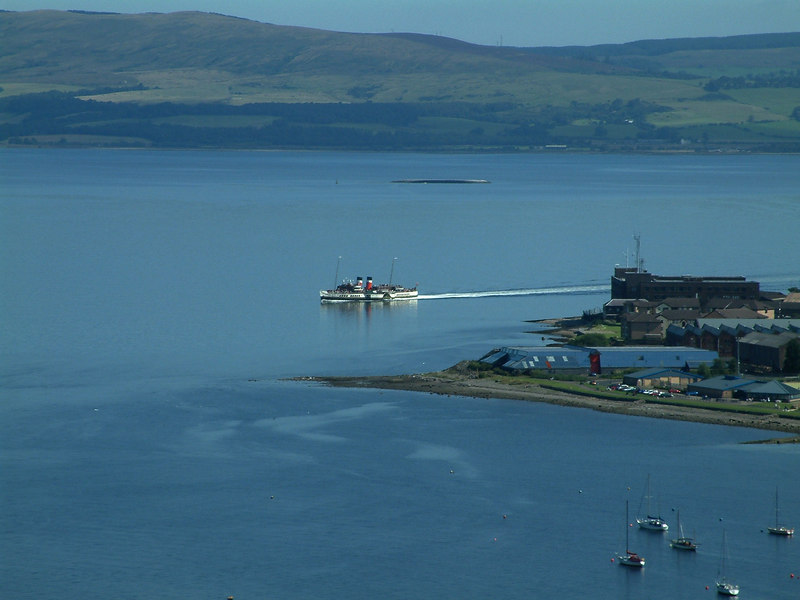 Waverley rounding Whiteforeland Point, Greenock