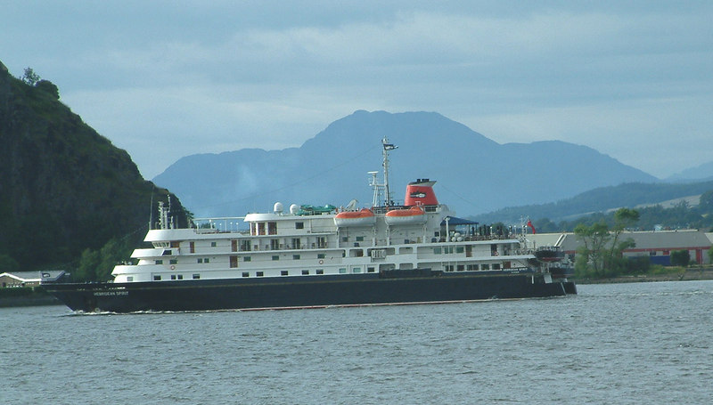 Hebridean Spirit and Ben Lomond on her first visit to the Clyde