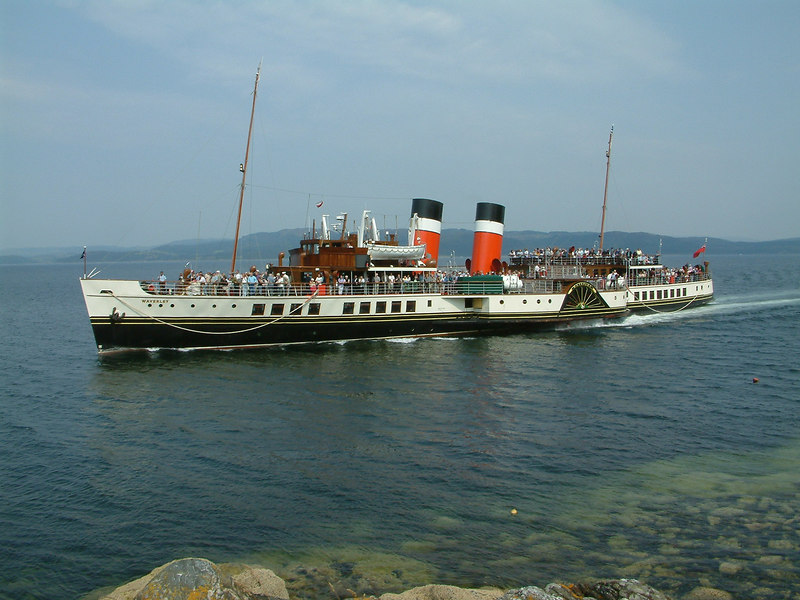 Waverley approaching Tarbert on Loch Fyne