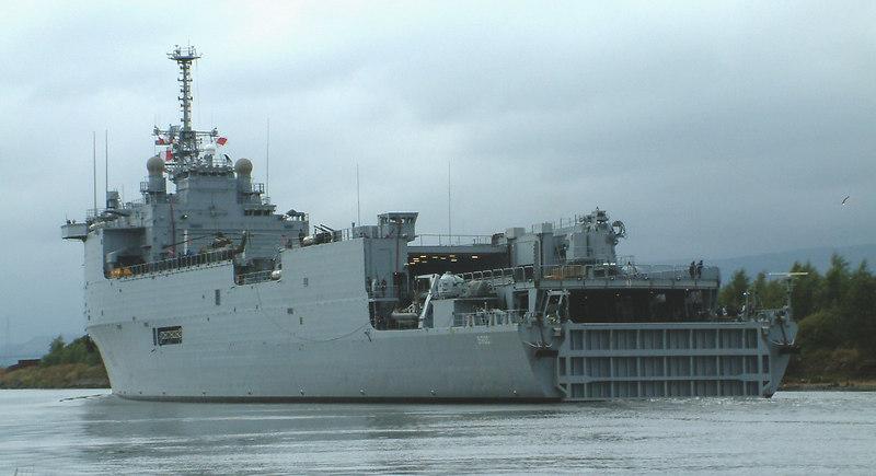 French naval ship Orage passing Renfrew