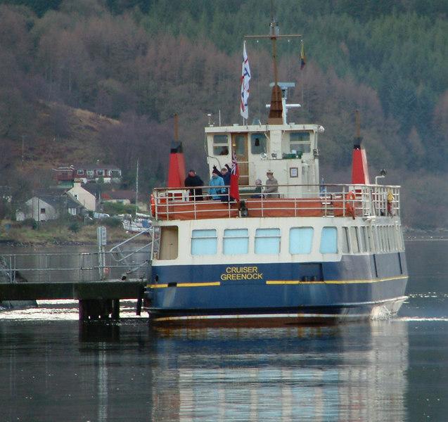 Cruiser at Carrick Castle