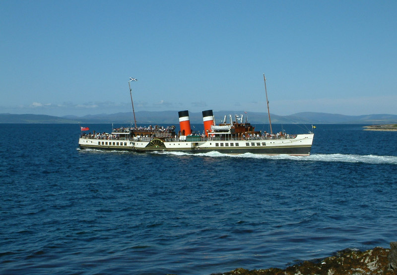 Waverley departing Lochranza for a cruise across the Kilbrannan Sound to Skipness