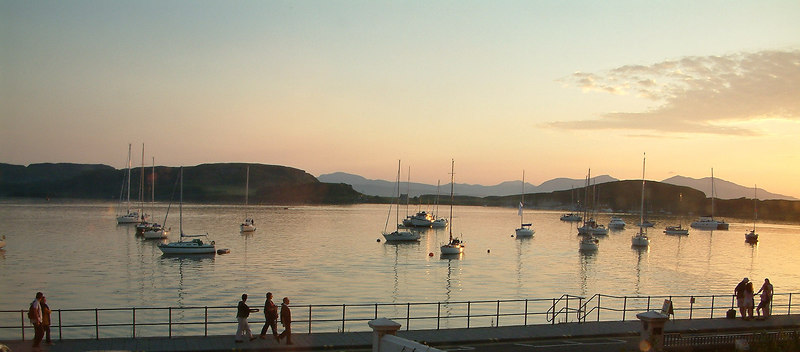 Oban promenaders at dusk