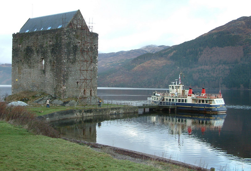 To round off 2003 the PSPS Scottish Branch repeated their long established Festive Season cruise, chartering the Cruiser to the traditional destination of Carrick Castle in Loch Goil.