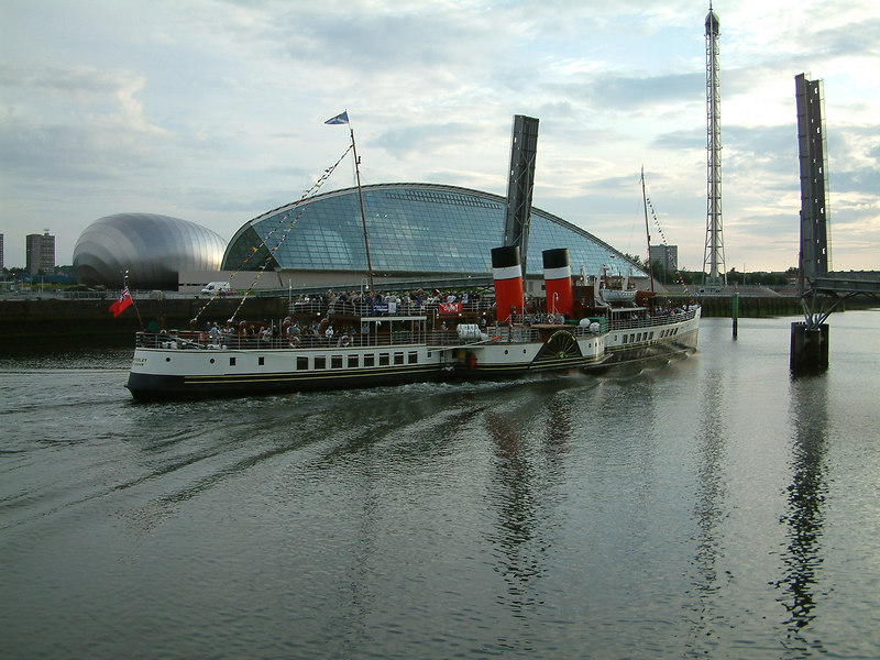 Evening cruise from Glasgow with the new Science Centre