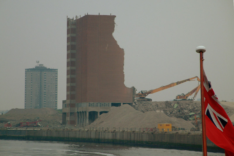 Demolition of the final part of Meadowside Granary built less than 40 years earlier in pre-EC membership days