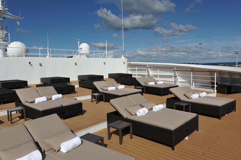 Sun Terrace Deck 11