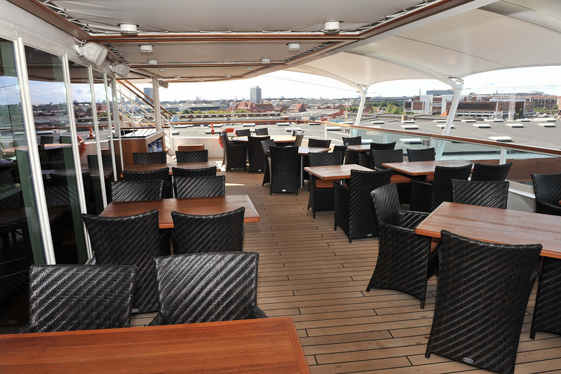The Colonnade Deck 8